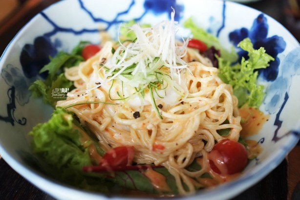 Salad Ramen at Enmaru Restaurant Altitude The Plaza by Myfunfoodiary