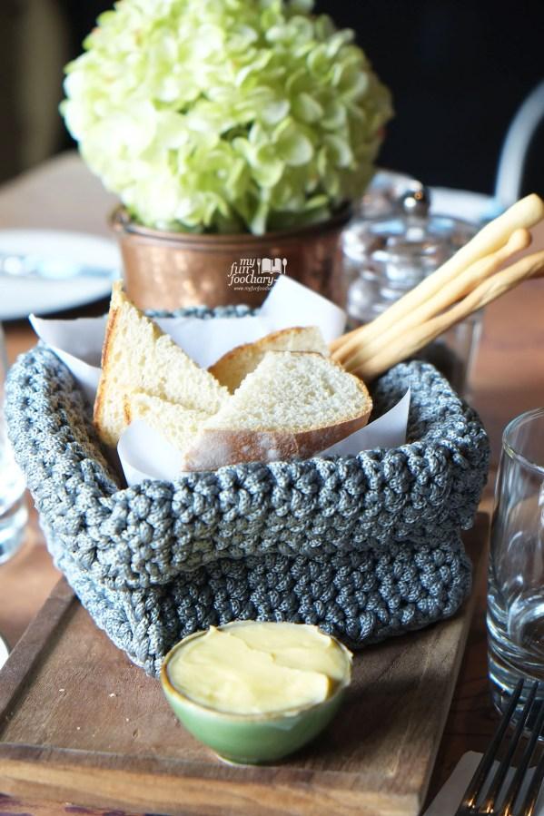 Welcome Bread at Balboni Ristorante by Myfunfoodiary