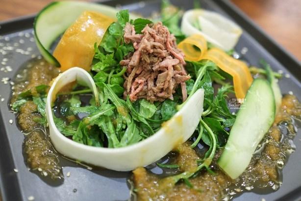 Black Angus Beef Tataki with Soy Truffle Sauce at AW Kitchen by Akira Watanabe - by Myfunfoodiary