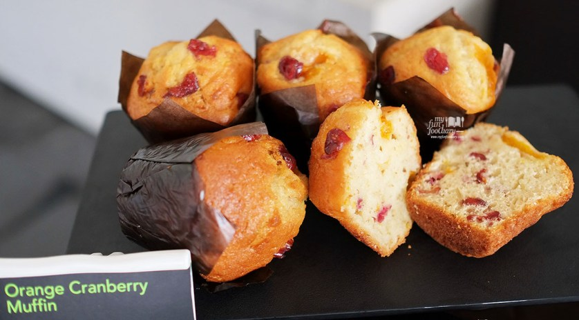 Orange Cranberry Muffin at Starbucks Indonesia by Myfunfoodiary