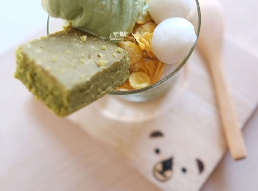 Shiratama Parfait at Shirokuma Japanese Dessert Cafe PIK by Myfunfoodiary 02 copy