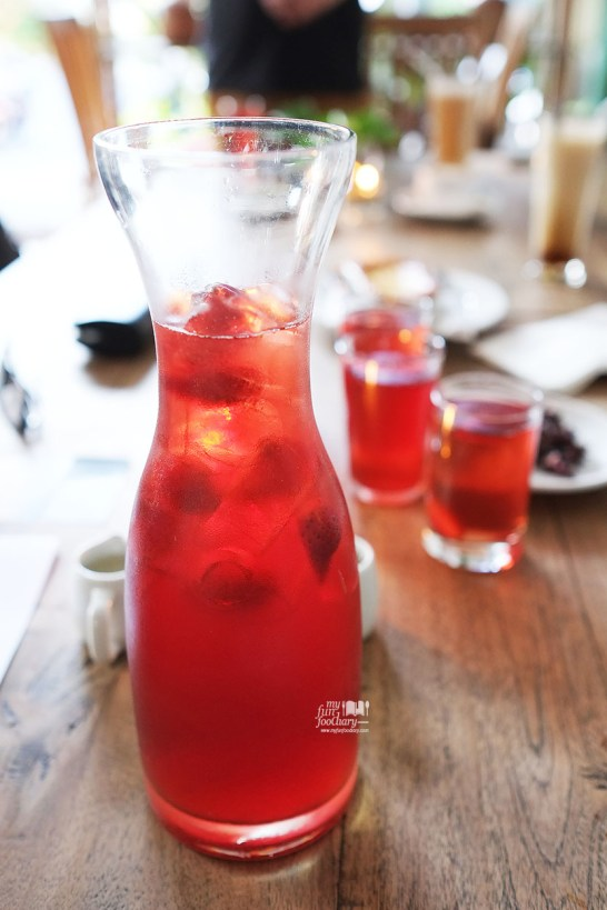 Rosella Tea at The Baked Goods - by Myfunfoodiary