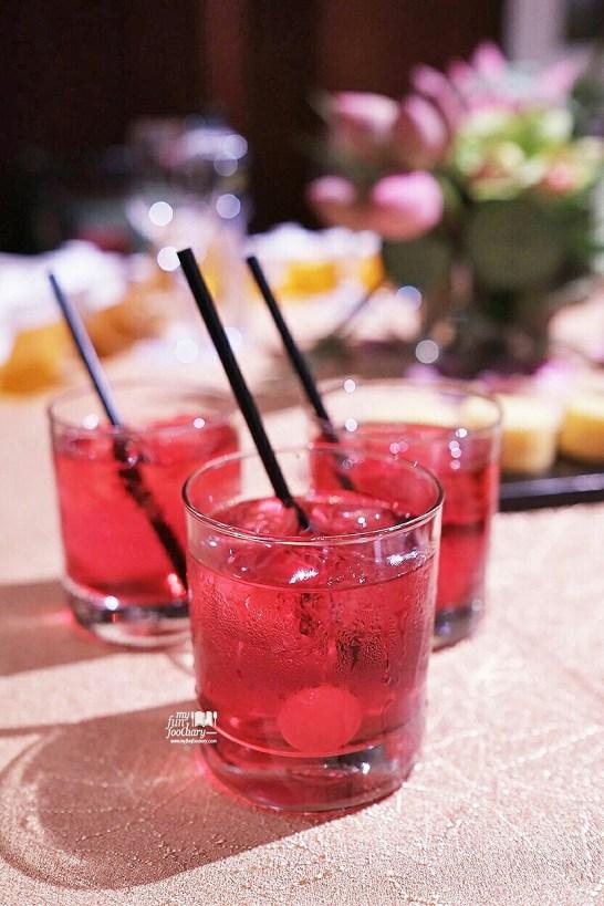 Strawberry Drink at Mandarin Oriental Jakarta by Myfunfoodiary