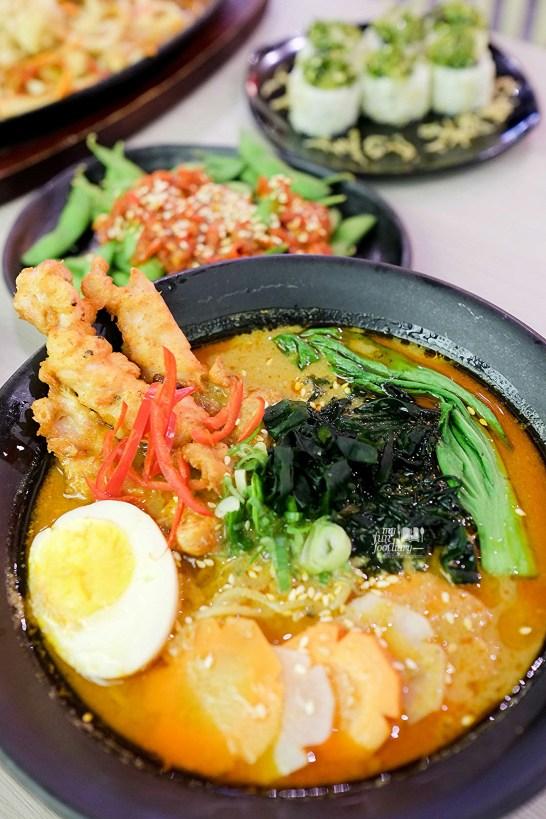 Gulai Ramen at Suntiang Restaurant by Myfunfoodiary