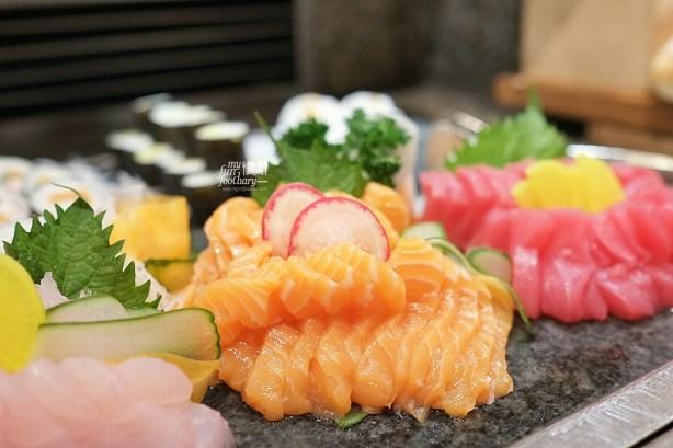 Sashimi and Salmon at Seasons Cafe by Myfunfoodiary