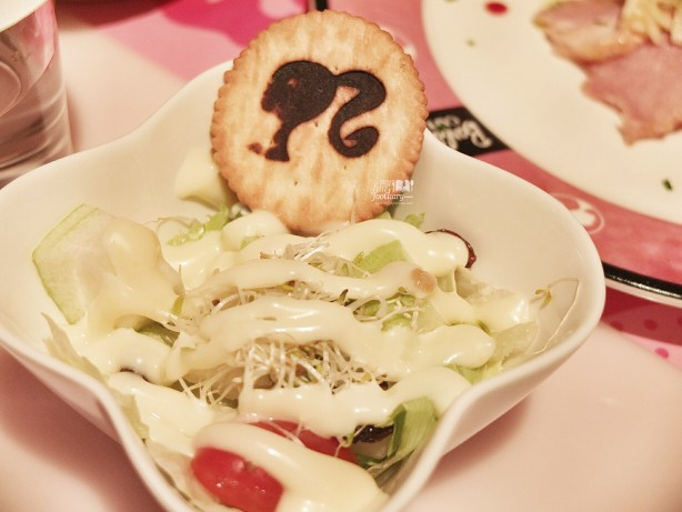 Fresh Salad at Barbie Cafe Taiwan by Myfunfoodiary