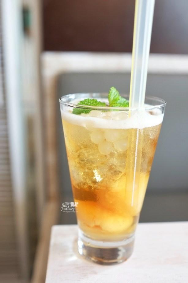 Ice Lychee Tea at Shirayuki PIK by Myfunfoodiary