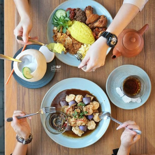 Indonesian Feast at Sate Khas Senayan by Myfunfoodiary