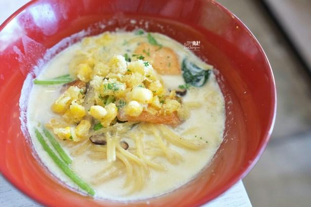 Salmon Cream Soup Spaghetti at Shirayuki PIK by Myfunfoodiary