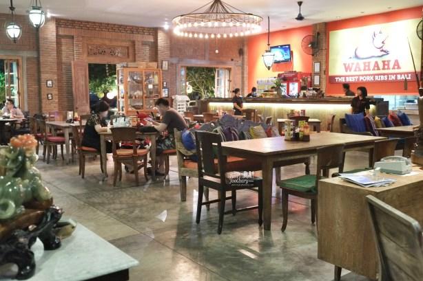 Suasana dinner at Wahaha Pork Ribs Bali by Myfunfoodiary