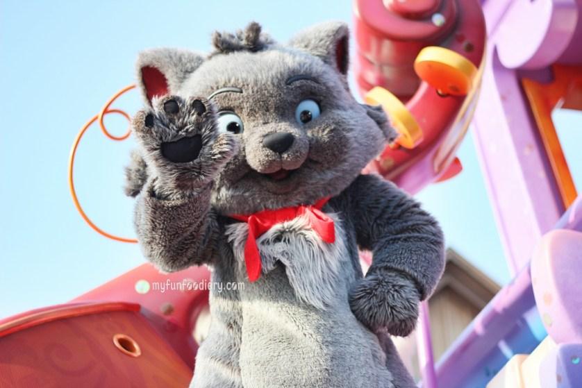 Tokyo Disney Parade July 2014 by Myfunfoodiary 05