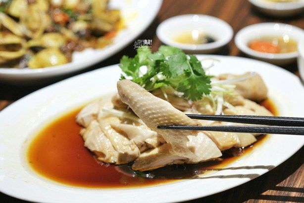 Ayam Ipoh at Three in One Cafe and Bistro by Myfunfoodiary