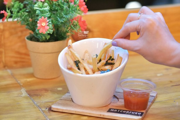 Shaker Fries at Matchafuku Citra by Myfunfoodiary