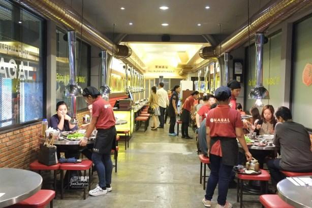 Suasana ramai di Magal Resto PIK by Myfunfoodiary