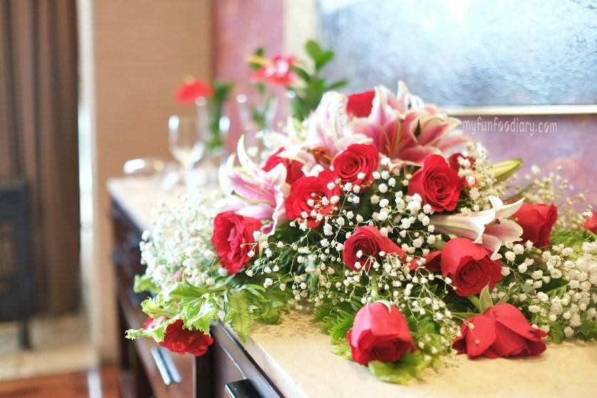 Fresh Flowers at Rosso Shangrila Jakarta by Myfunfoodiary