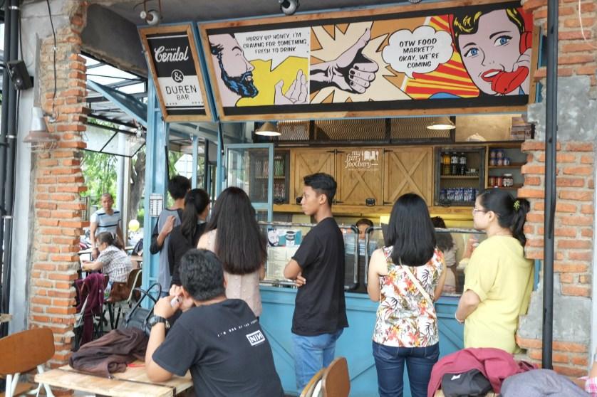 Antrian di Cendol Duren Bar OTW Food Street Gading by Myfunfoodiary