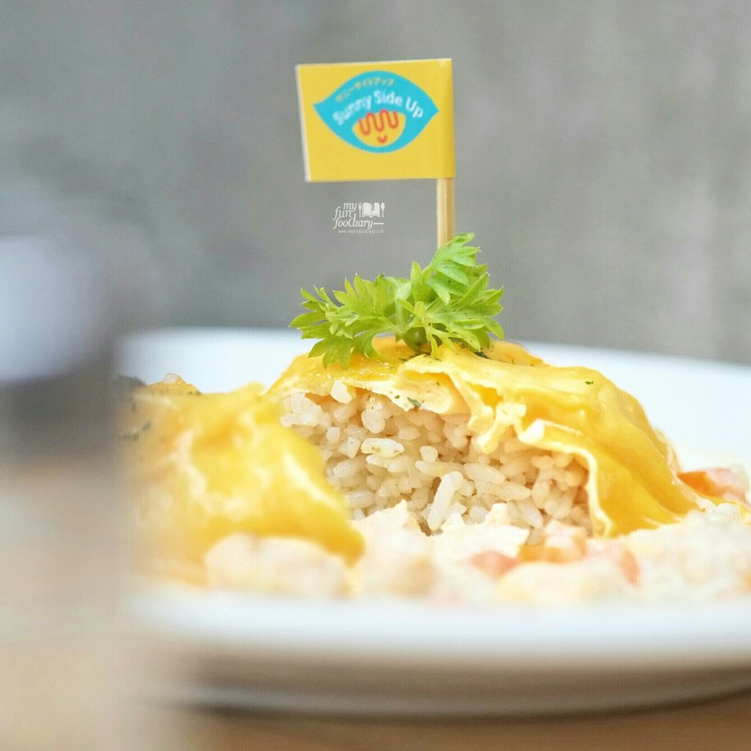 Creamy Salmon Omurice at Sunny Side Up by Myfunfoodiary 01