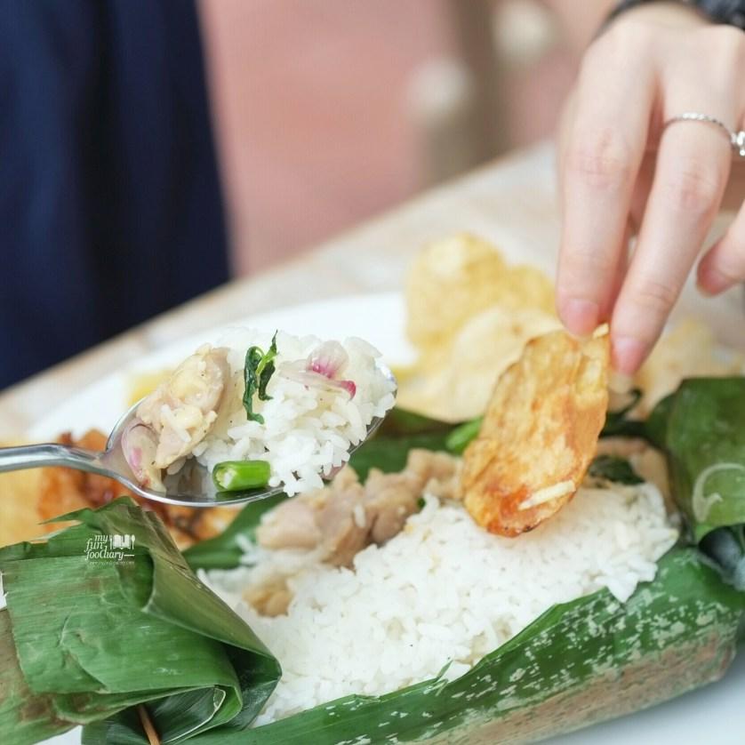 Nasi Gulung Ikan Asin at Pentabear by Myfunfoodiary