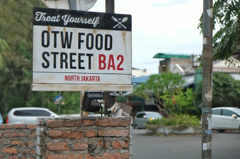 OTW Food Street Gading by Myfunfoodiary