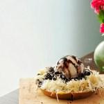 [NEW SPOT] Hangout, Play and Dine Various Martabak at Ngileer Cafe