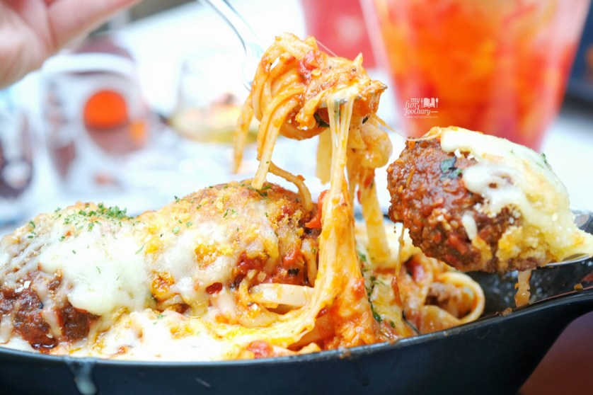 Italian Giant Meatballs at Odysseia Pacific Place by Myfunfoodiary 04