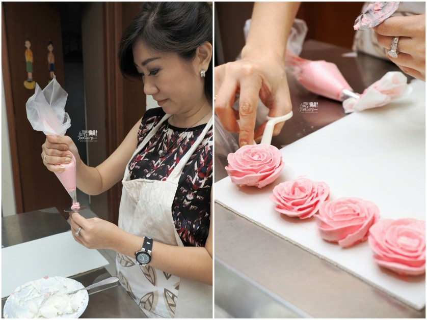Nina and her roses at Spatula Baking Course by Myfunfoodiary