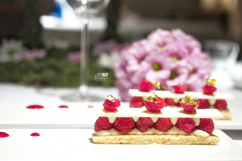 Raspberry Sable Tart at Lyon Restaurant by Myfunfoodiary