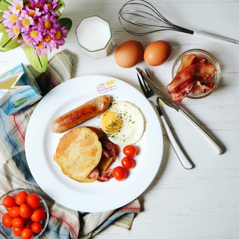 Savory Pancakes with Bacon and Egg by Myfunfoodiary