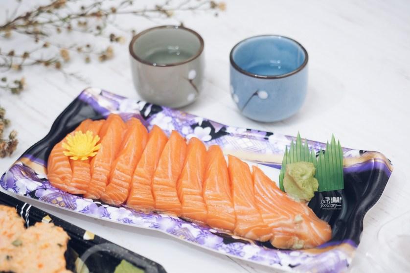 Cheap Sashimi at AEON Market by Myfunfoodiary