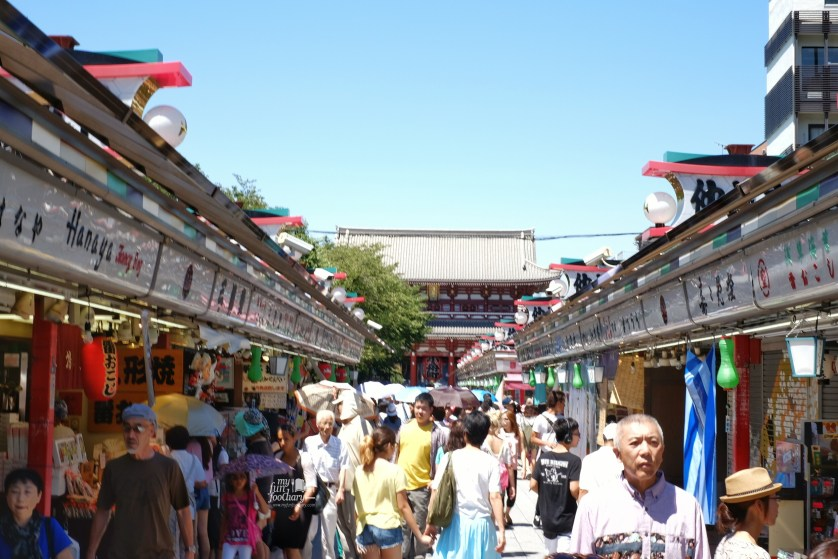 Nakamise Shopping Street at Asakusa Tokyo by Myfunfoodiary