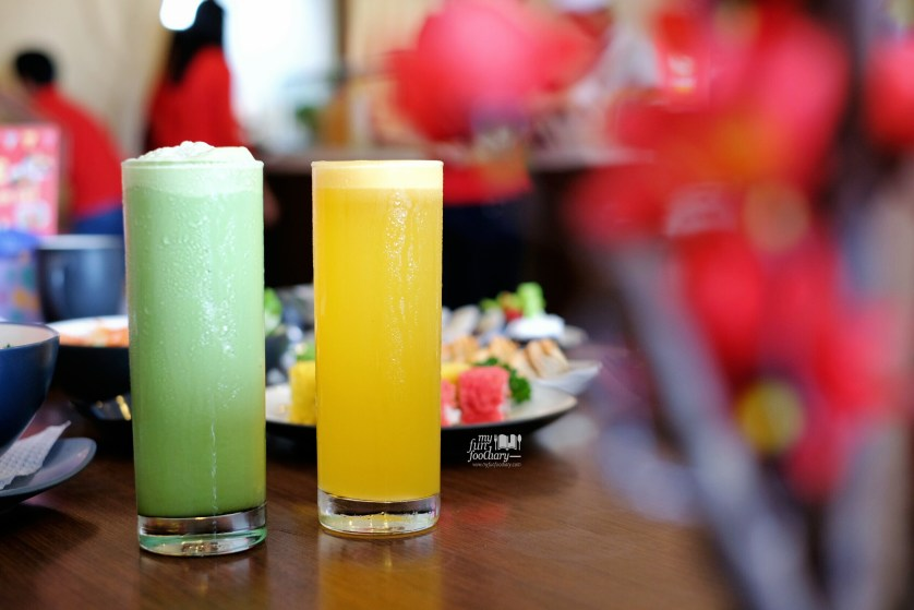 Green Tea Milk Shake and Orange Juice at Sushi Naru by Myfunfoodiary