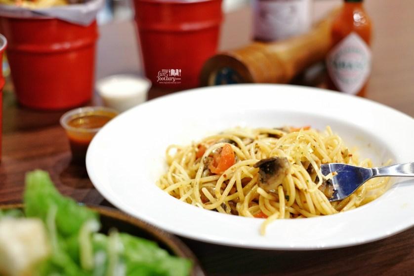 Aglio Olio Spaghetti at The Kitchen Pizza Hut by Myfunfoodiary