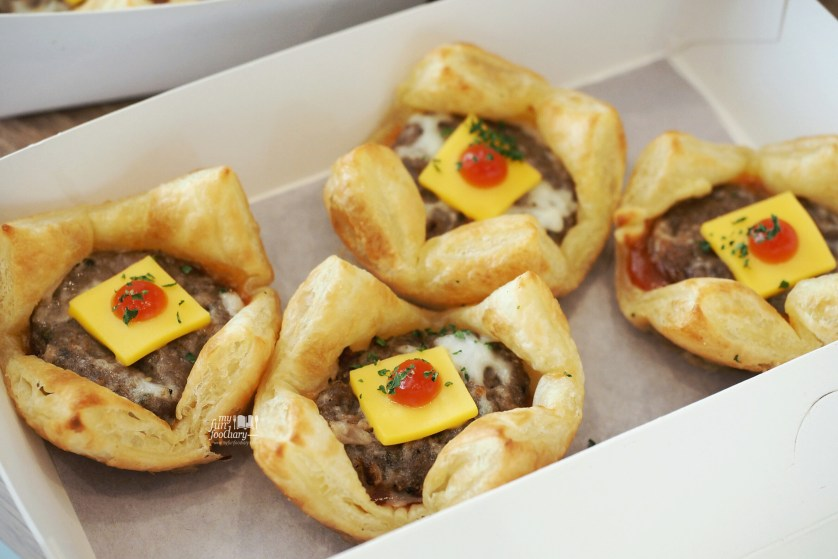 Meat Puff at PHD Indonesia by Myfunfoodiary