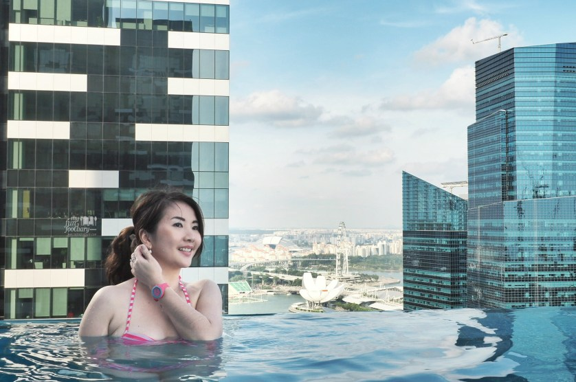 Mullie at the Infinity Pool with view to Marina Bay - Westin Singapore by Myfunfoodiary