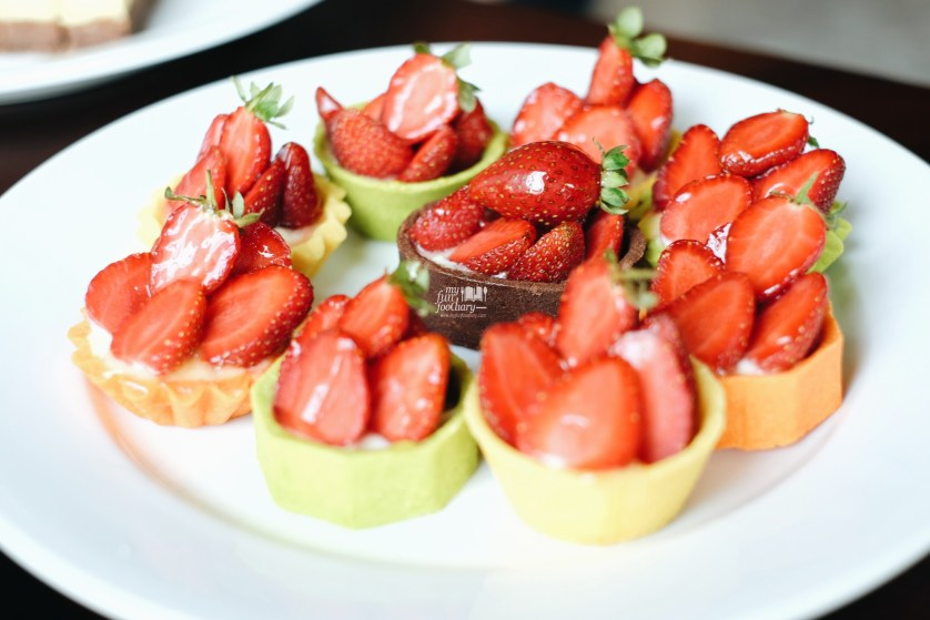 Strawberry Tart at Grand Mercure Kemayoran by Myfunfoodiary