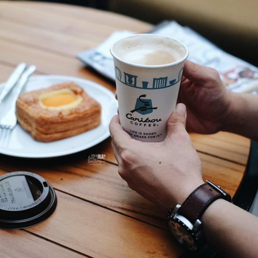 Hot Latte at Caribou Coffee Senopati by Myfunfoodiary