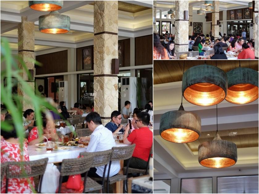 Cozy Ambiance at Layar Seafood Jakarta by Myfunfoodiary