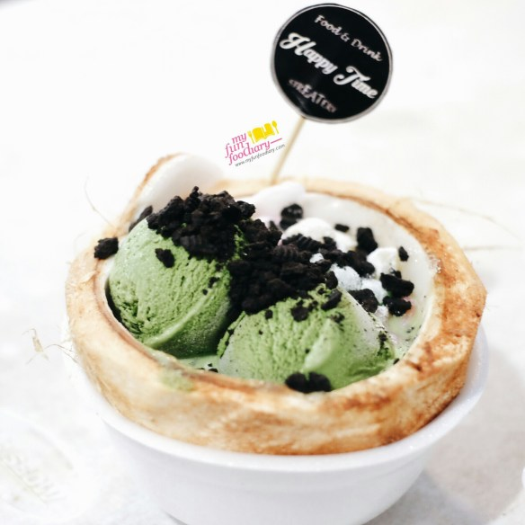 Green Tea in Coconut Bowl at Happy Time Dessert Bandung by Myfunfoodiary