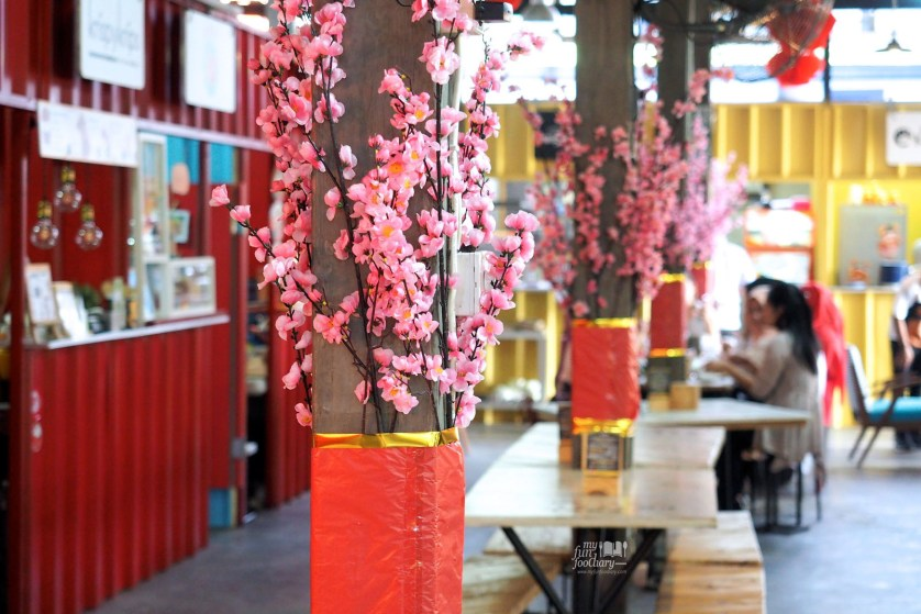 Ambiance at Food Container by Myfunfoodiary 01 rev