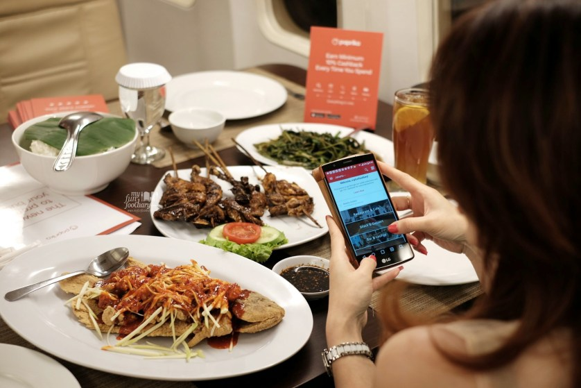 Using Paprika Apps to get Cash Back at Taman Santap Rumah Kayu Ancol by Myfunfoodiary
