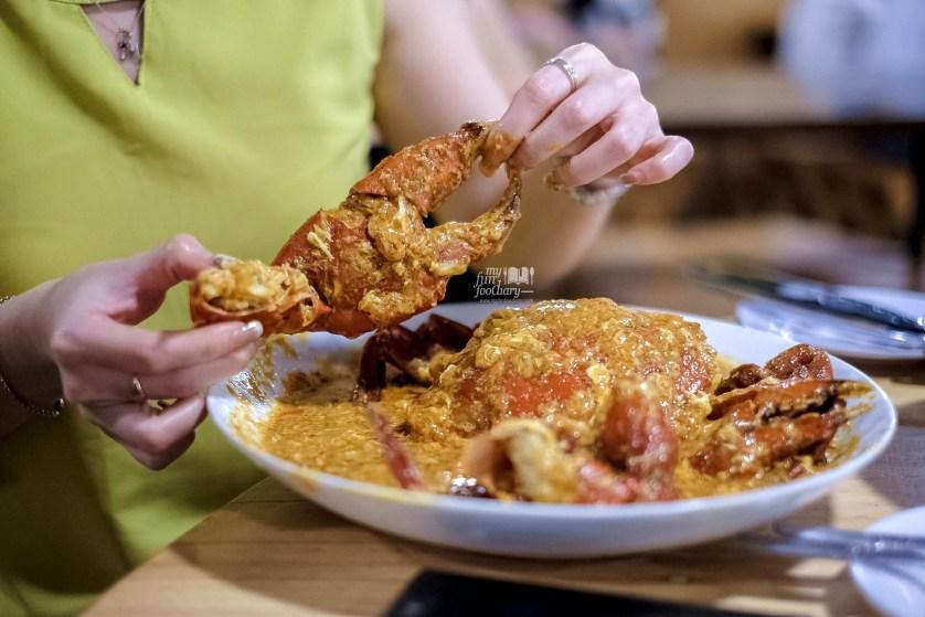 Chili Crab Jumbo at Cabe Ijo Seafood by Myfunfoodiary 01
