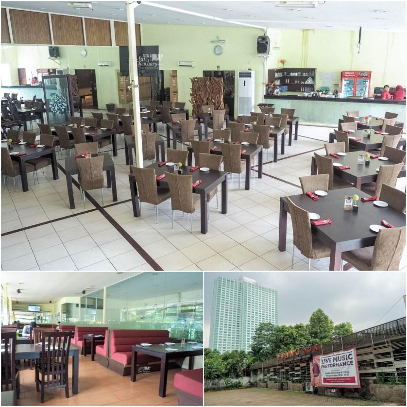 Suasana di dalam Restoran Puang Oca by Myfunfoodiary r1