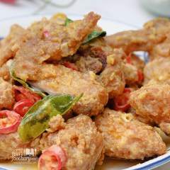 [RESEP] Ayam Goreng Saus Telur Asin – Fried Chicken Salted Egg