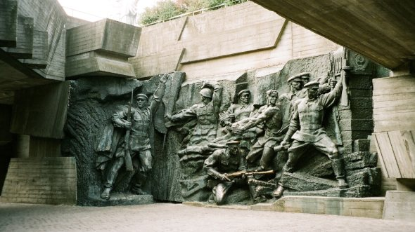 war memorial in kiev