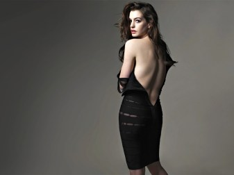 actress-anne-hathaway-hot-desktop-pics