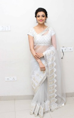 kajal-agarwal-hot-stills-in-white-saree-2