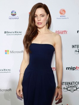 melissa-george-at-40th-international-emmy-awards-in-new-york-3