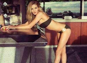rosie-huntington-whiteleys-hot-photo-shoot-for-esquire-uk-ealuxe-1