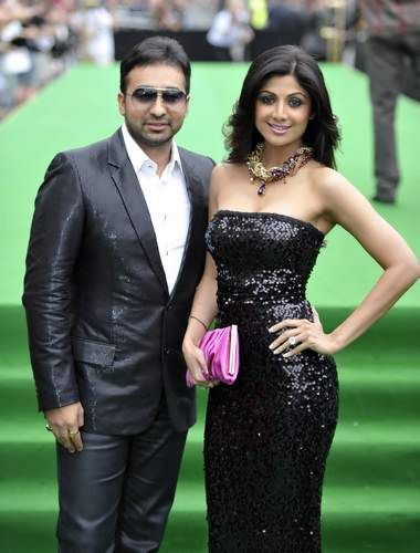 Shilpa-Shetty-at-IIFA-Awards-2011-Photos
