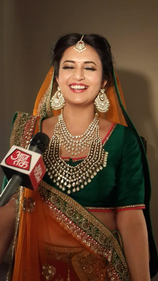 divyanka-tripathi-photoshoot-bikaneri-jewellery-29
